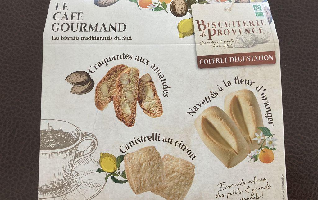 Le café gourmand : les biscuits traditionnels du Sud
