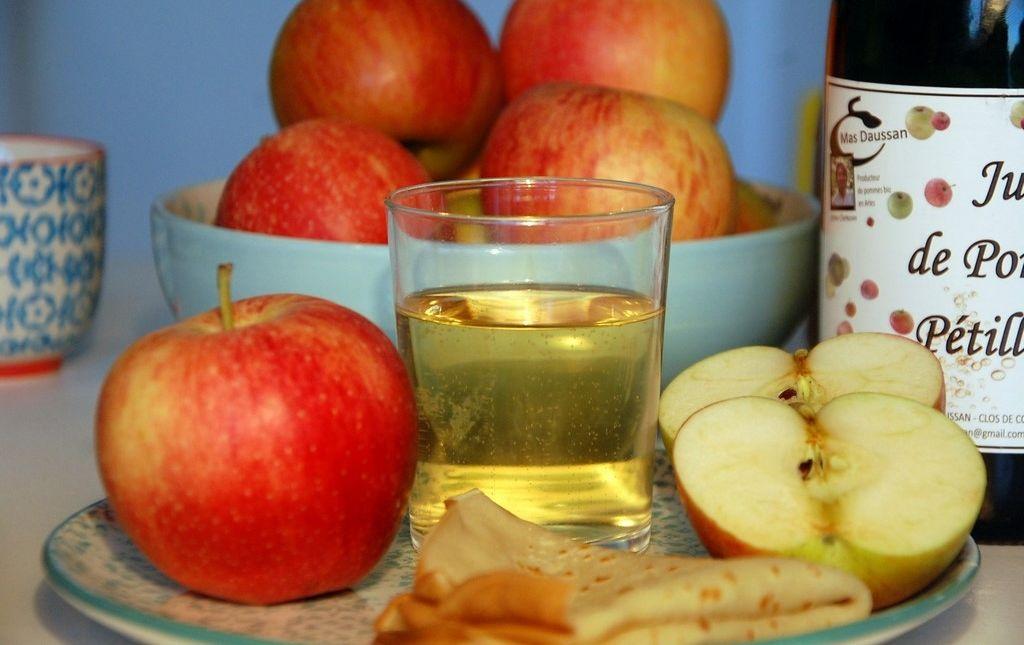 Jus de pomme pétillant bio