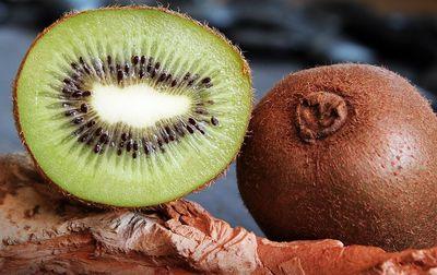 Kiwi bio hayward de Corse