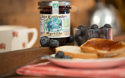 Confiture bio de myrtille (sans grains!)