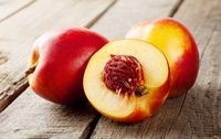 Nectarines bio de Provence Les Paniers Davoine